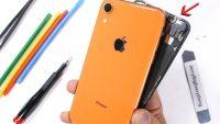 iPhone XR parçalarına ayrıldı! ( Video )