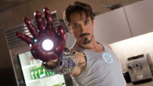 Çılgın YouTuber'lar Iron Man'ın lazerli eldivenini yaptı!