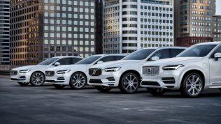 Volvo sürücülerine hız sınırı koydu!