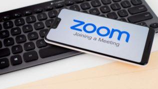 Zoom güncellemesini yapmayan kullanamayacak!